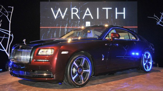 950x526xRolls-Royce_Wraith_launch_003-950x526.jpg.pagespeed.ic_.kbXA-6kV3V-529x297.jpg